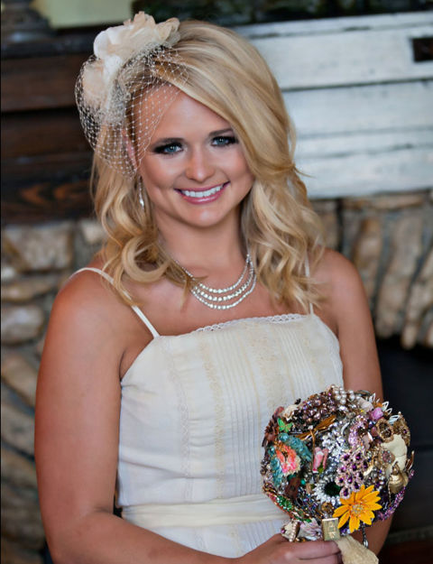 54ff6cbf8e901-ghk-2011-miranda-lambert-history-of-wedding-hair-de