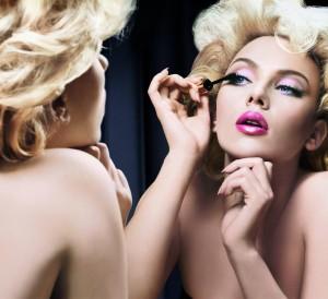 6826288-makeup-wallpaper