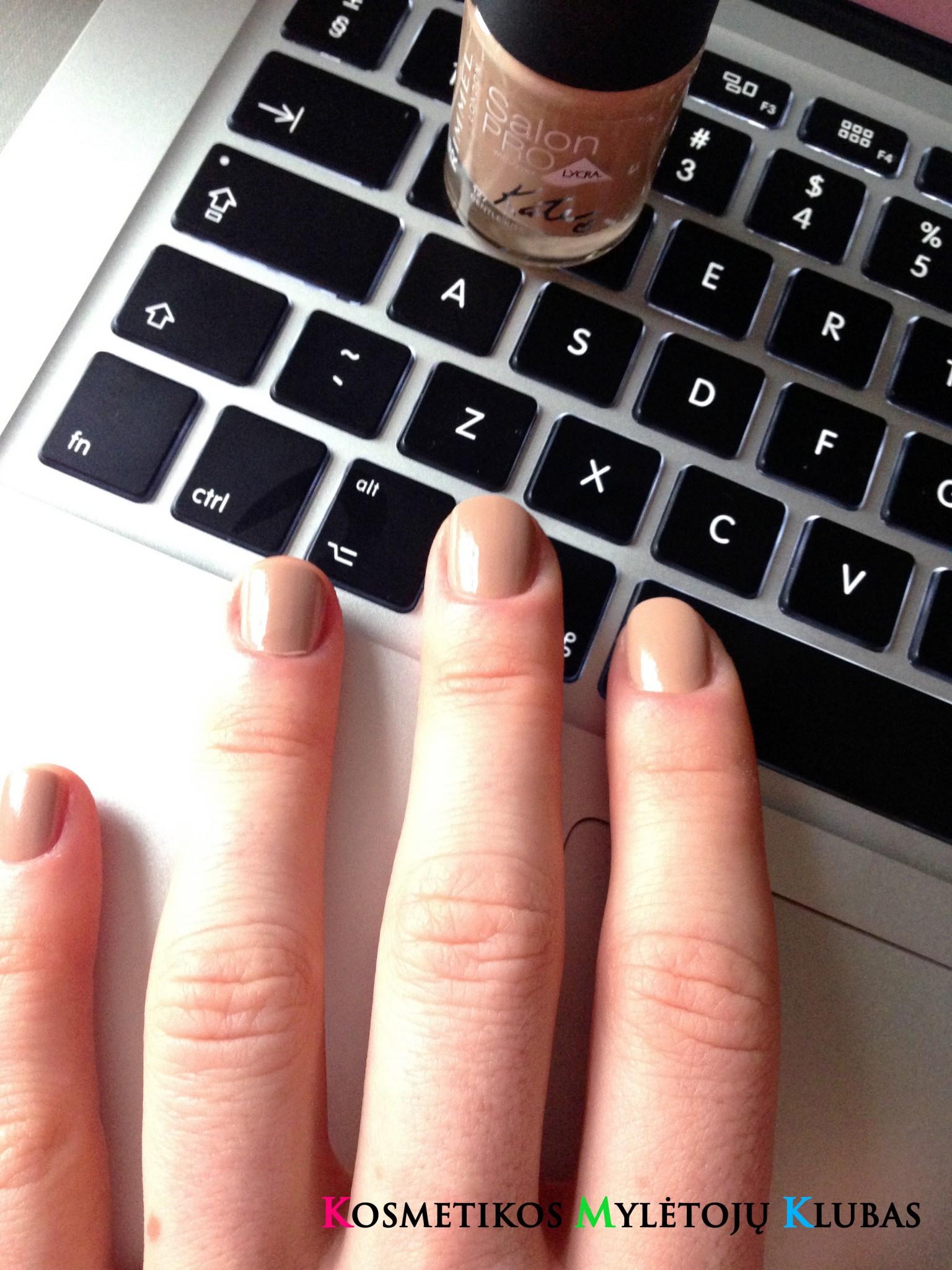 Bloger julija nude kosmetika ir kate moss kolekcijos for Naked ir