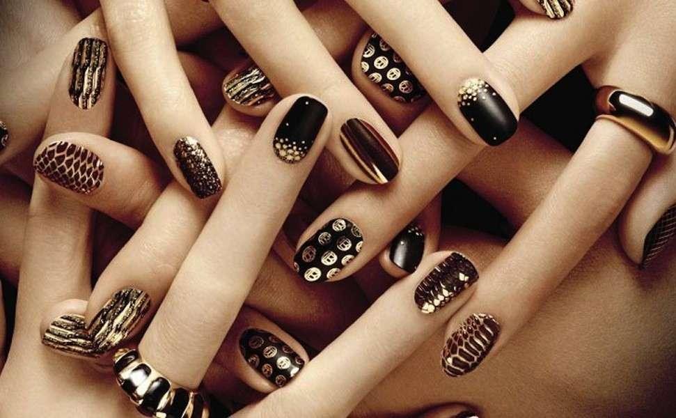 oro-e-nero-per-nail-art-di-capodanno