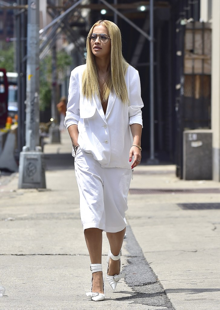 rita-ora-white-shorts-suit