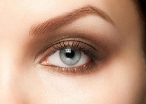 Eyebrow-Makeup-Step-by-Step-Simple-Tips-and-Answer-of-the-How-to-get-Perfect-Eyebrows-01
